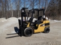 Where to rent Forklift ,CAT Propane A227439 in Fort Madison IA